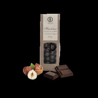 Haselnüsse in Zartbitterschokolade